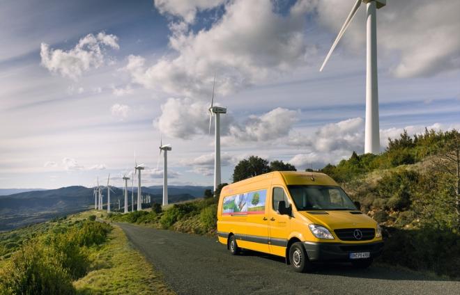 DHL Truck Windmills